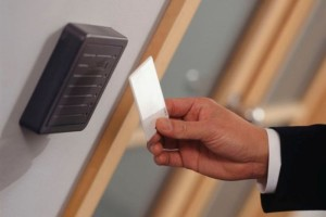sistemy-kontrolya-dostupa-dlya-biznesa-v-ofis