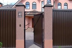 ustanovka-domofonov-v-dome